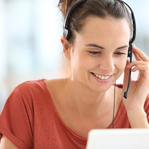 how-hosted-pbx-improves-your-customer-service.jpg