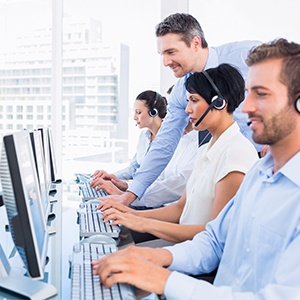 how-business-voip-phones-help-manage-call-center-efficiency